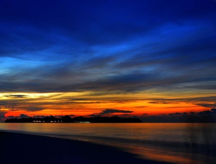 Sunset_in_the_Maldives