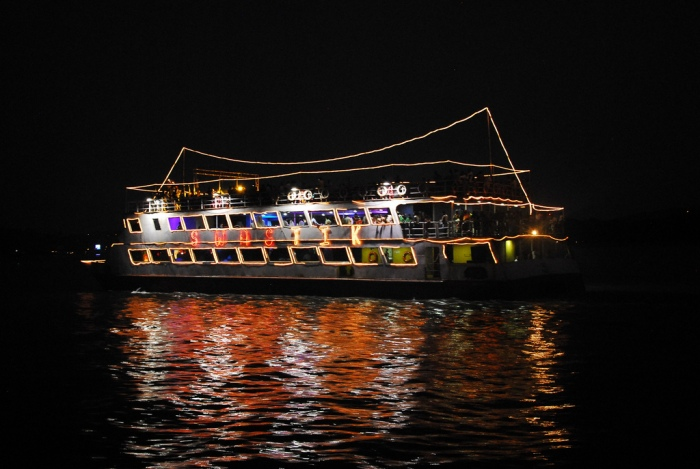 Cruise on the Mondovi River Goa