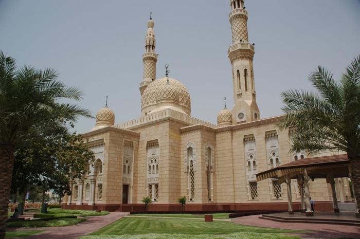 Jumerira Mosque Dubai